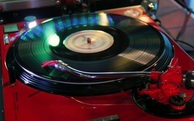 El sonido del disco de vinilo en tu celebración